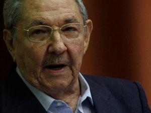 Raul Castro habla ante la Asamblea Nacional el viernes 23 de diciembre.