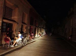 Imágenes puerta adentro del apagón ocurrido en La Habana el 9 de septiembre.