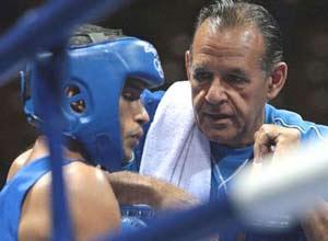 Pedro Roque fue elegido como el mejor entrenador boxístico del mundo en el 2008.