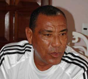 Antonio Muñoz evoluciona favorablemente de una neumonía.