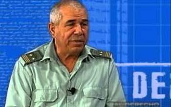 El coronel Lamberto Fraga Hernández, segundo jefe de Inmigración y Extranjería del MININT, durante su comparecencia ante el programa Al Derecho.