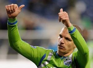 Osvaldo Alonso, estrella de los Seattle Sounders en la MLS.