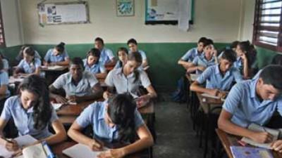 Cuba tiene más de 11 mil maestros inactivos que se niegan a retornar a las aulas