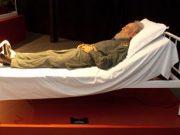 """Fidel Castro reaparece de """"cuerpo presente"""" en… Honk Kong"""