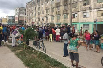 MercadoCarne03-A.jpg