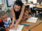 Crisis de maestros: Carreras pedagógicas eximidas de pruebas de ingreso