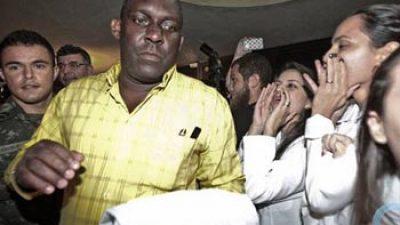 Símbolo de brigada médica cubana quiere quedarse en Brasil