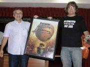 Escritor cubano se gasta una broma picante en Feria del Libro de La Habana